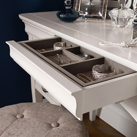 Chantilly Dressing Table Set